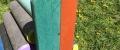 i) Kinderlaube, oder ein kleines Haus kann als eine einfache Ergänzung des Schulhofes oder auch genauer mit einem Boden und Bänken hergestellt werden  …Der Balken ist eine  ideale Alternative zur Bank. Es hat eine niedrige Sitzposition ca. 35 cm, geeignet für Sitzplätze mehrerer Kinder, oder als Ergänzung ...Sonstige Kinderausstattung - Häuschen mit Rutsche, Balkenschaukel, Karussell, Tisch, Schaukel